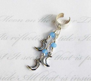 Silver-Pale-Moon-Single-earcuff-300x267