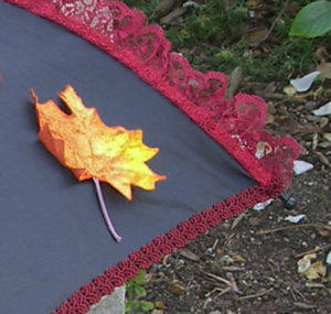 KC Dragonfly - Autumn Leaves Parasol - detail