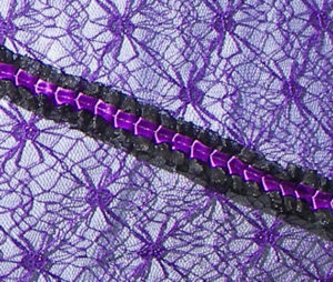 KC Dragonfly - Black and Purple Spider Web parasol - detail web and rib
