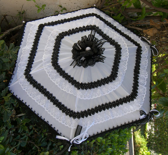 KC Dragonfly - Black and White Mae West wedding parasol v2